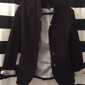 H&M black blazer w brown elbow decor